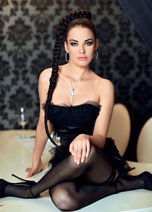 porno-blondinki-trahayutsya-sama-s-soboy