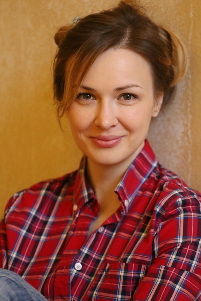 Анна Тараторкина - фотографии - российские актрисы театра - Кино-Театр.РУ