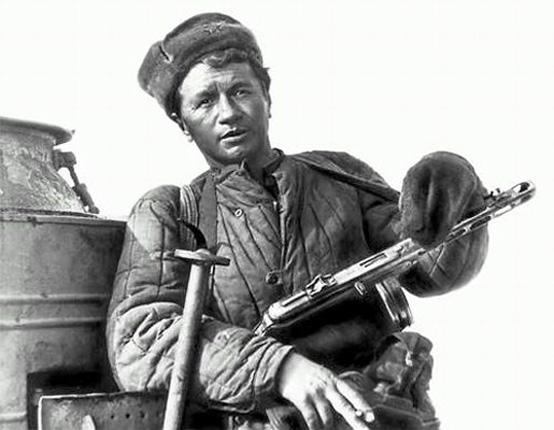 """Леонид Быков - """"Аты-баты, шли солдаты..."""" (1976)"""