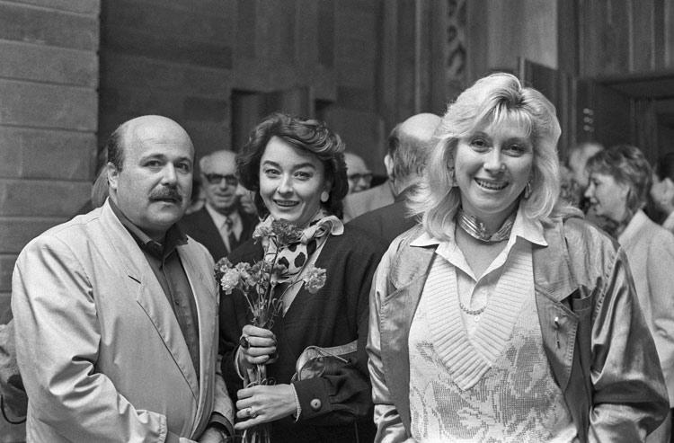 Анастасия Вертинская - Александр Калягин, Анастасия Вертинская, Ирина Мирошниченко