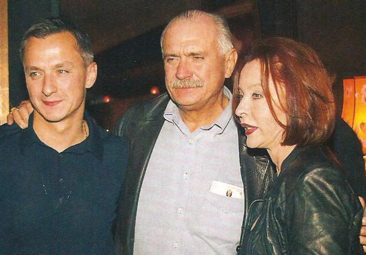 Анастасия Вертинская - Анастасия Вертинская и Никита Михалков с сыном Степаном