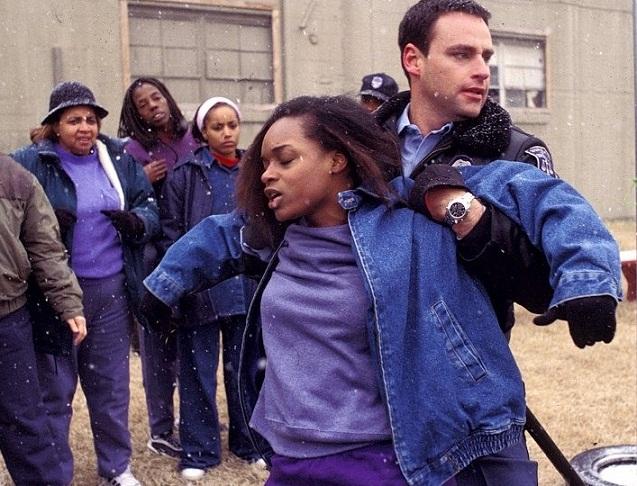 Клеймо гражданина (2002) - Civil Brand - актеры и роли - Н'Буш ...
