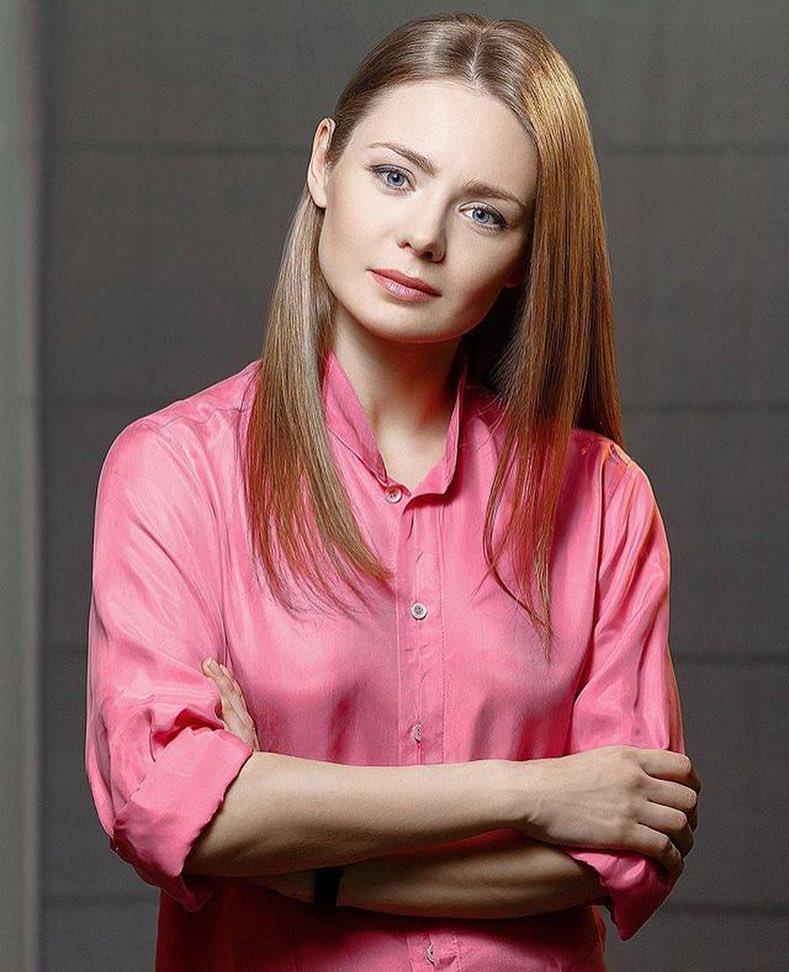 popku-samaya-dorogaya-aktrisa-vzroslogo-kino-konchayut