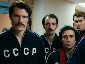 Отечественное кино продолжает движение вверх: 10 самых кассовых российских фильмов