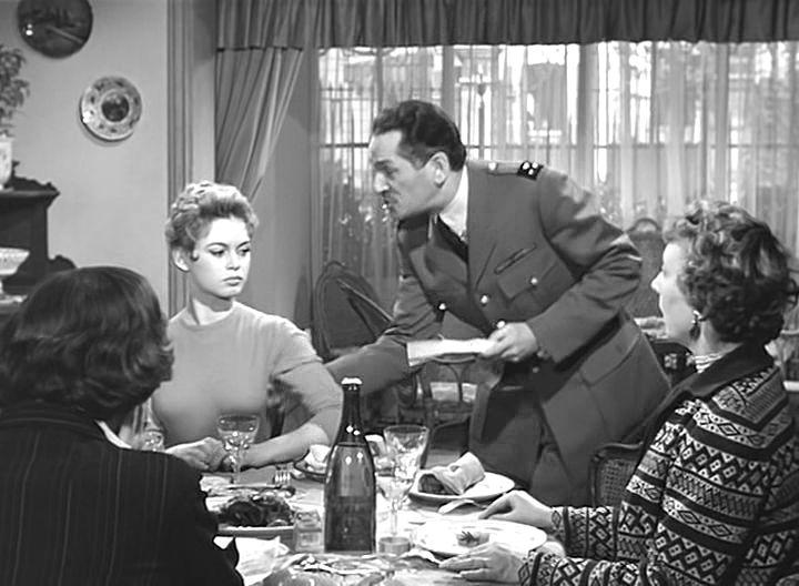 Обрывая лепестки ромашки фильм 1956