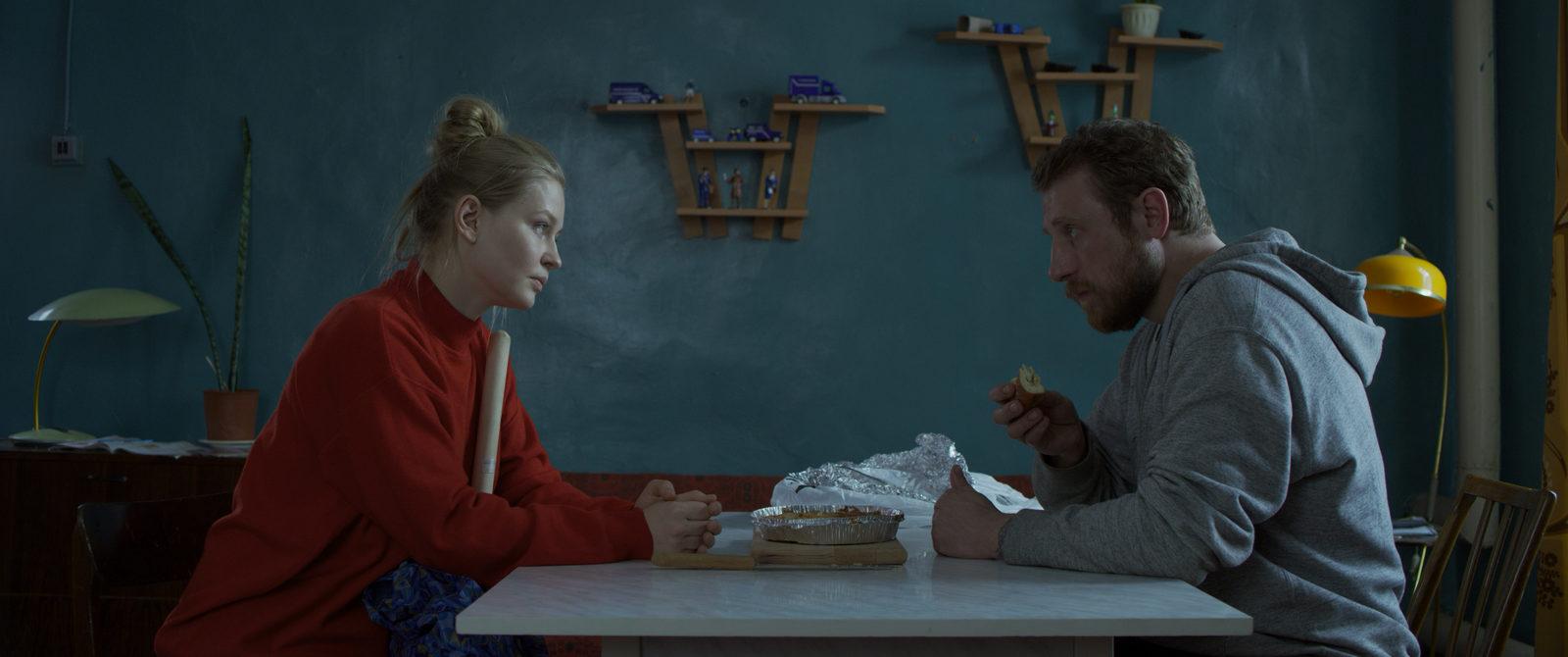 «Sheena667» Григория Добрыгина и «Бык» Бориса Акопова получили первые призы «Кинотавра»