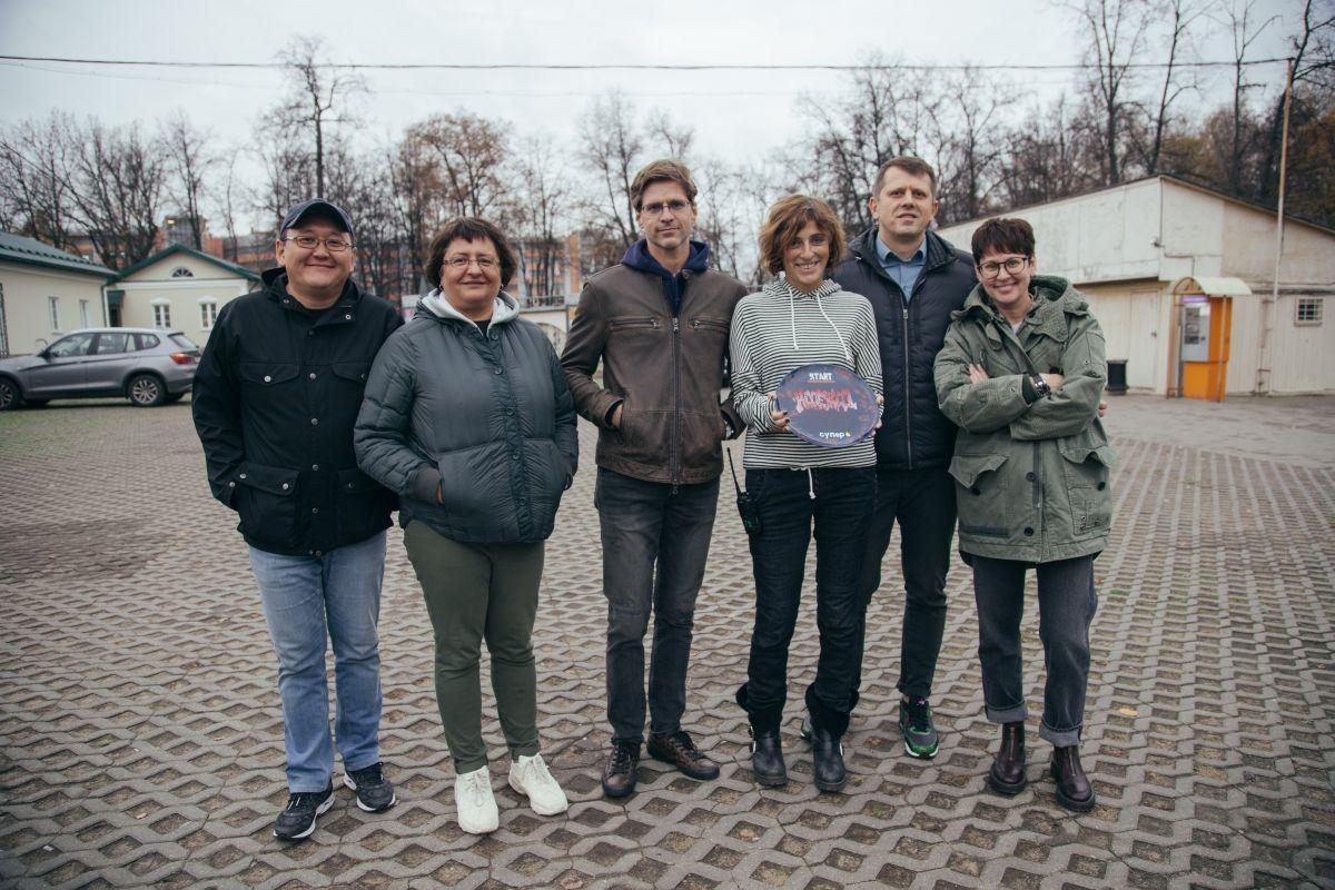 Виктория Исакова освоила профессию киллера