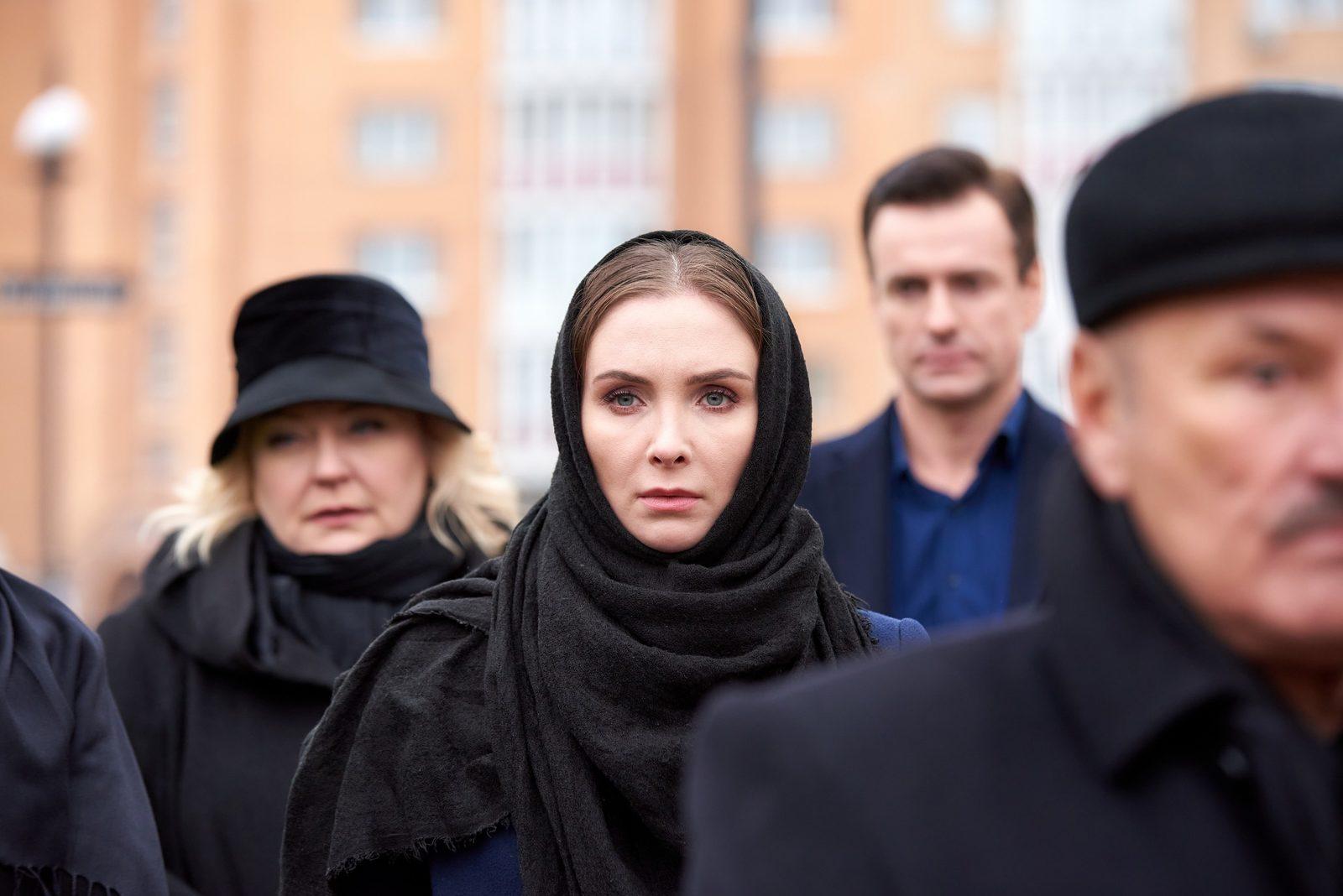 Елена Радевич и Артём Алексеев сыграют в «Честную игру»