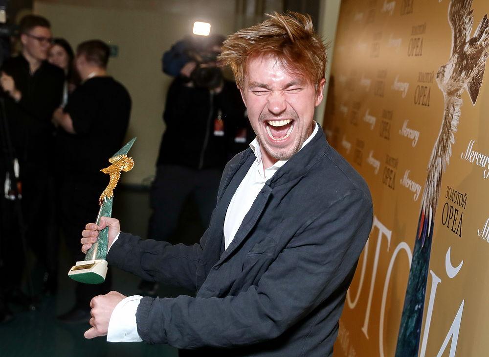 Антон Батырев и Мария Куликова возглавили список самых популярных актеров года