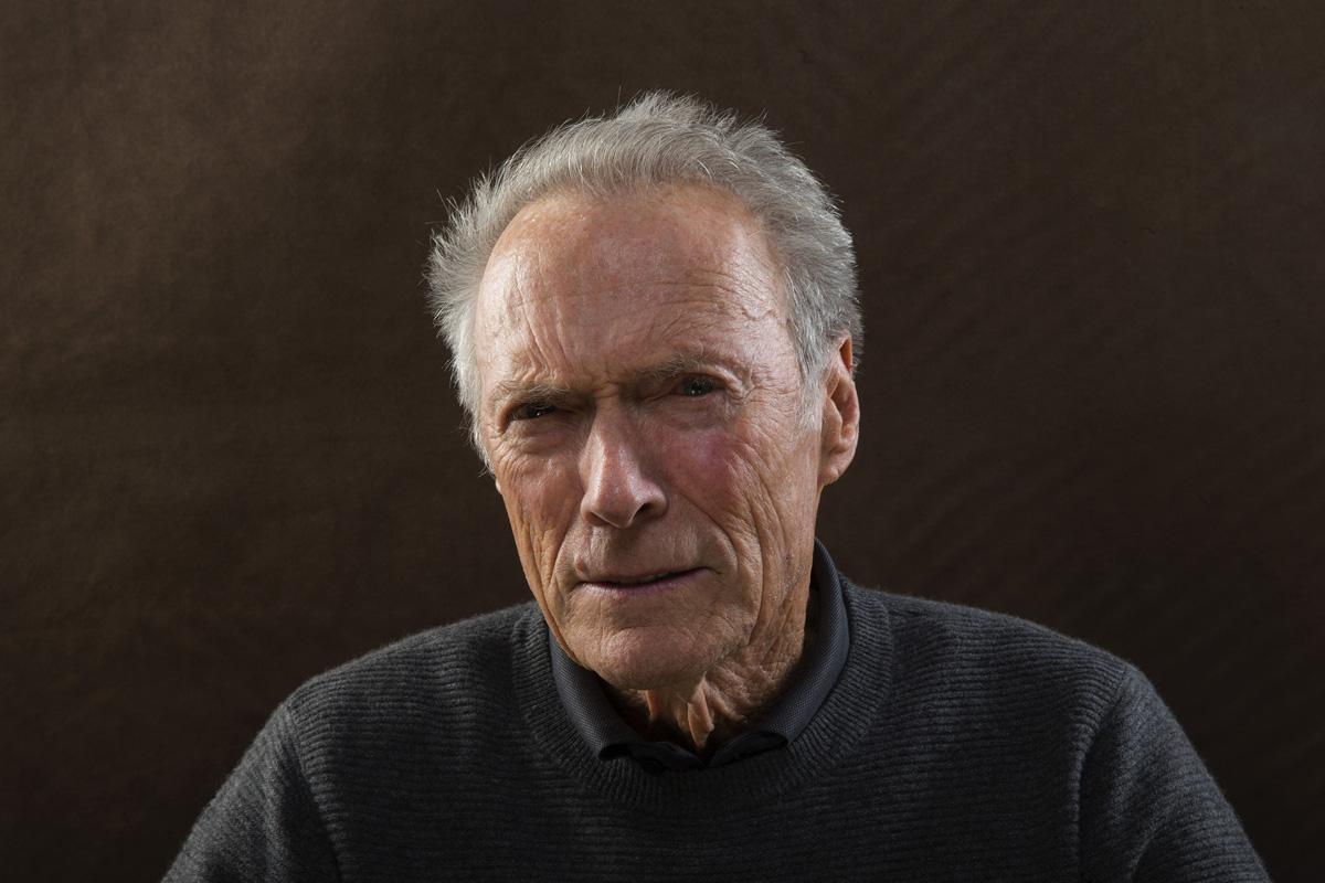 Следующим фильмом Клинта Иствуда вполне может стать драма опохищении американки вСомали