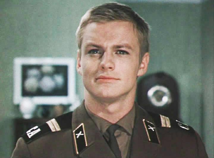 Как сложилась судьба одного из самых красивых актеров СССР