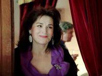 К Анжелике Кашириной Пристают В Постели – Даёшь Молодёжь! (2009)