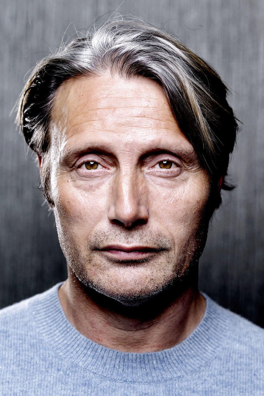 Правильные черты лица у мужчин фото выхлопная система